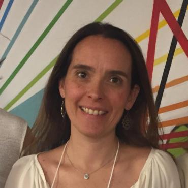 Maria Cecília Lins